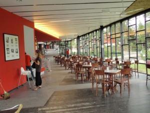 Pemandangan dalam cafe Boh Centre