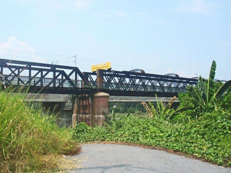 "Jambatan Keretapi Victoria "" Victoria Bridge"" Karai, Enggor, Menarik Kuala Kangsar"