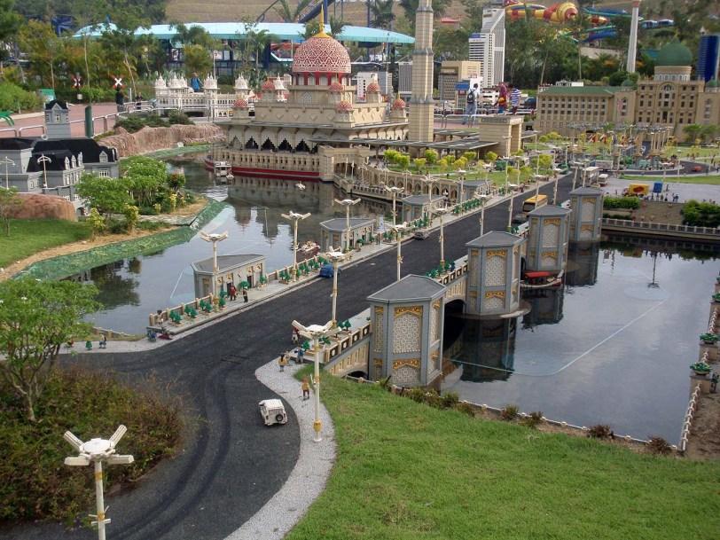 Tempat menarik kat Johor Bahru : Legoland Malaysia