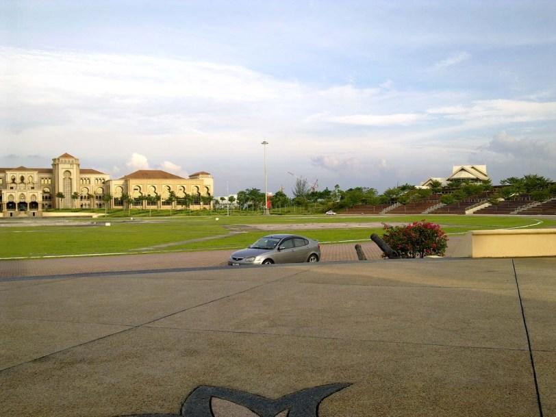 tempat-menarik-johor bahru-Dataran Kota Iskandar