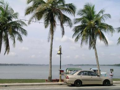 pantai-lido-beach
