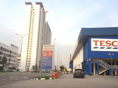 Homestay dekat Legoland Malaysia - Tesco