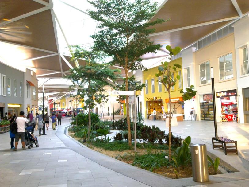 tempat menarik di jb-medini-mall-1200