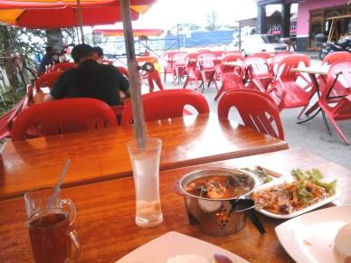 Tempat makan best tomyam di Johor Bahru Restoran Nabiha dan Zaiton Indah, Pusat banar taman Bukit Indah