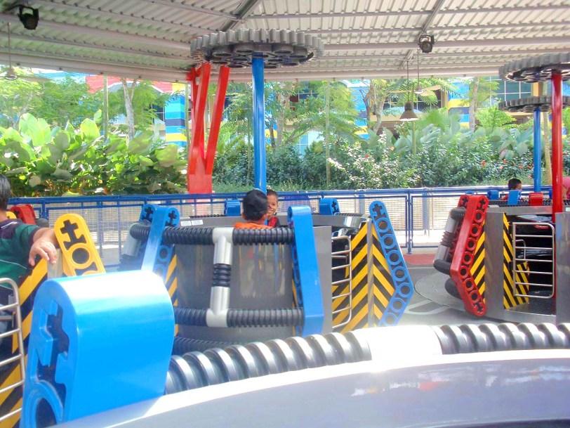 Apakah Technic Twister : Legoland Malaysia - Tempat menarik dekat Johor Bahru dan taman tema