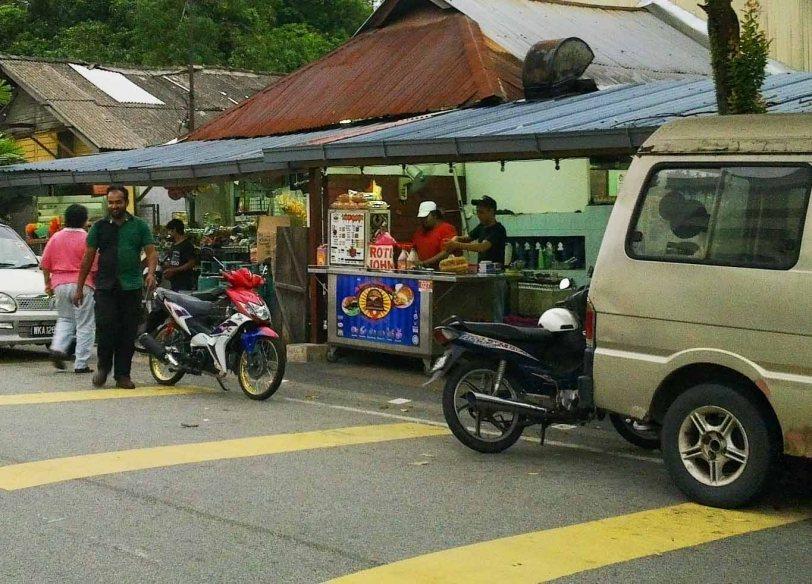 tempat-makan-best-jb-warung saga, mahmoodiah