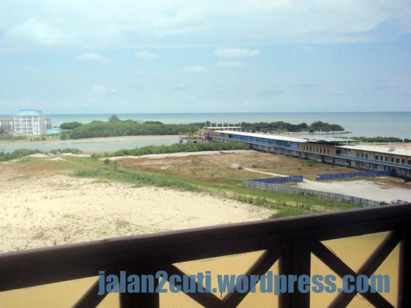 Hotel Penginapan Menarik Tepi Laut di Melaka : Mahkota Hotel Melaka