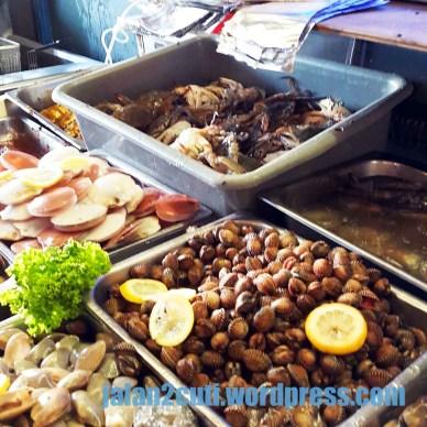 tempat makan best Johor Bahru : meletop-steamboat-grill