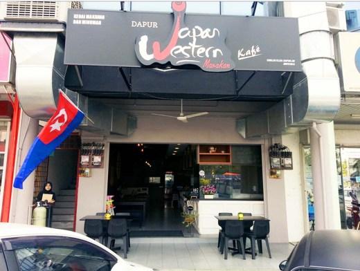 Tempat Makan Best di Kluang : Hardport Cafe a.k.a Dapur JW (Japan Western )