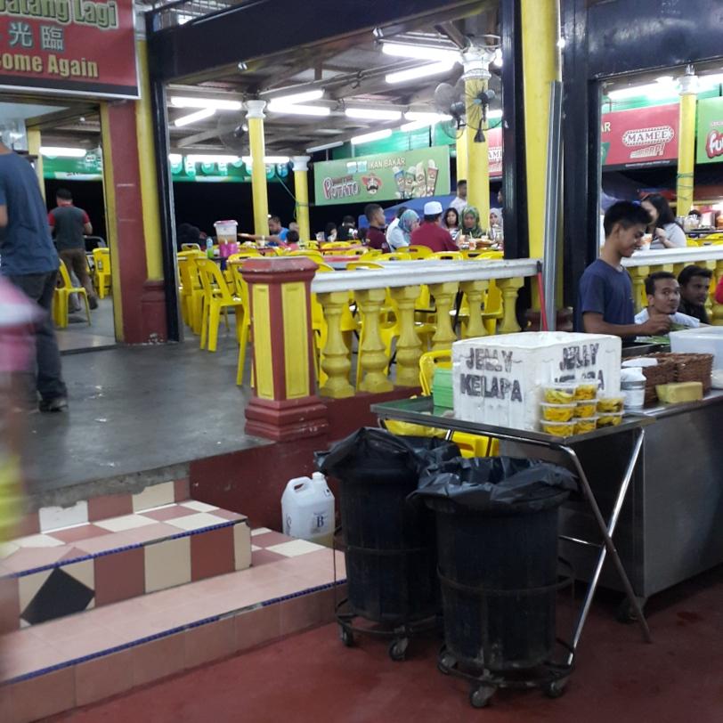 Tempat Makan Best di Melaka : Restoran Muara Sungai Duyung